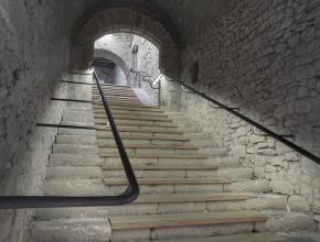 ESCALIER MONUMENTAL - ABBAYE DE LAGRASSE